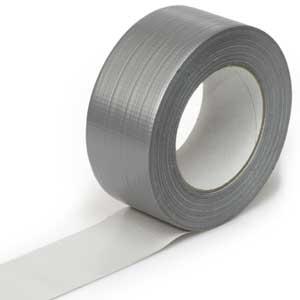 Silbernes Gewebeband eignet sich vor allem auf Aluminium-Oberflächen.